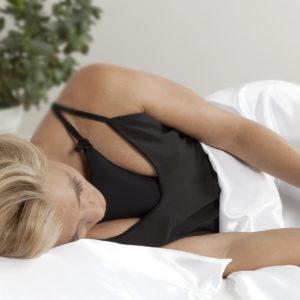Schlaf-BH zur Verminderung von Falten am Dekolletés
